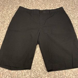 Polo Ralph Lauren black pinstriped shorts sz 38